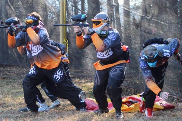 how fast do paintball guns shoot 4