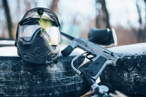 10+ Best Paintball Guns Under $200: Reviews, Buying Guide & Top Picks