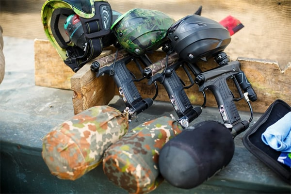 10+ Best Paintball Guns Under 300 Dollars: Top Rated Picks & Buying Guide